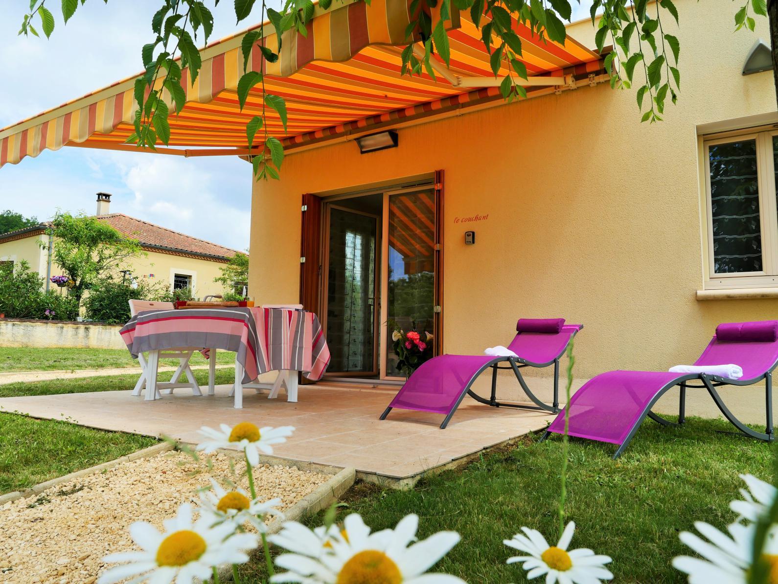 Dordogne locations gite pas cher sarlat 05 53 29 44 90 for Location gite pas cher